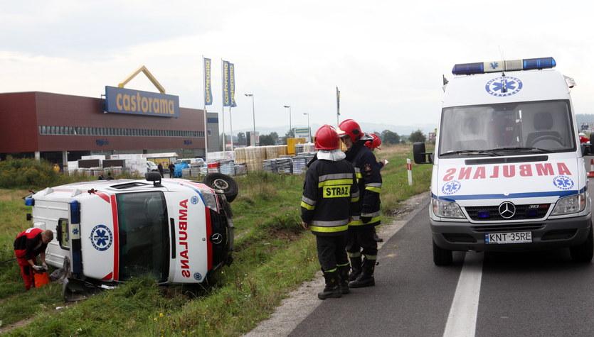 Wypadek ambulansu w Nowym Targu, zginął ratownik