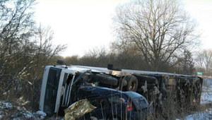 Wypadek koło Lipian. Kierowca osobówki zginął na miejscu