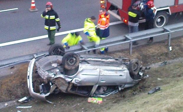 Wypadek na autostradzie A4. Jedna osoba ranna