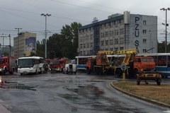 Wypadek tramwaju i autobusu we Wrocławiu