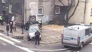 Wypadek w centrum Bytomia. Samochody najechały na pieszych