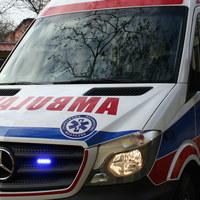 Wypadek wozu strażackiego na Dolnym Śląsku. Trzech strażaków trafiło do szpitali