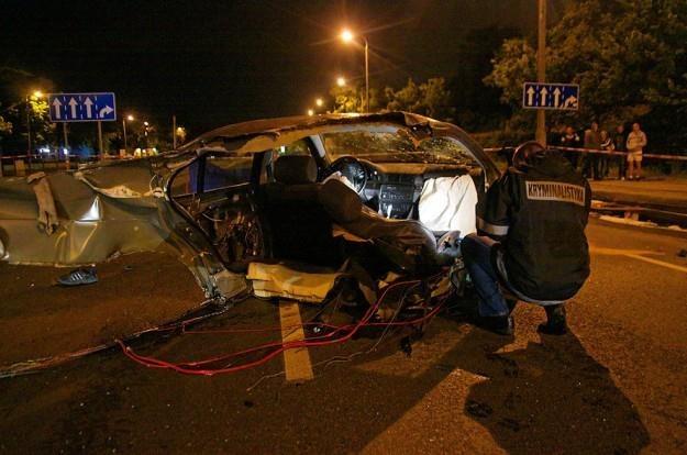 Wypadki BMW często są spektakularne / Fot: Radosław Sałaciński /