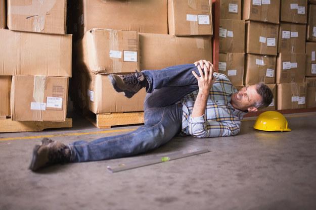 Wypadki przy pracy zdarzają się w wielu branżach polskiej gospodarki /123RF/PICSEL