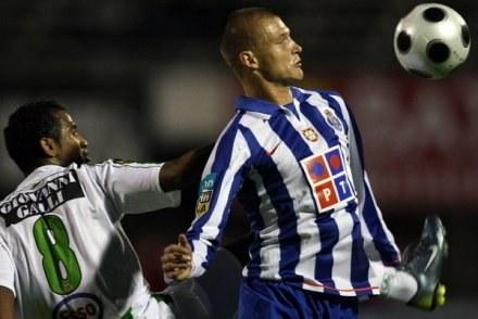 Wypożyczony z FC Porto Kaźmierczak strzelił w poniedziałek swojego drugiego gola dla Derby /AFP