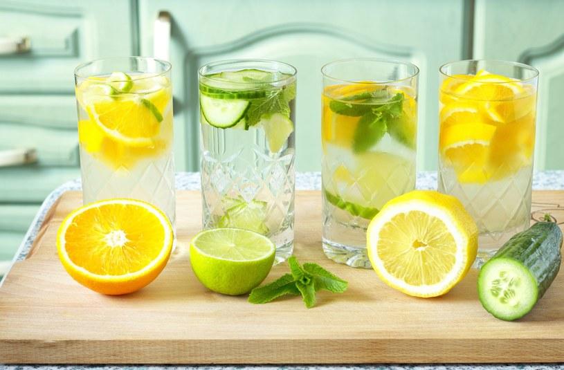 Wyrób sobie nawyk picia wody. Efekty zauważysz już po miesiącu /©123RF/PICSEL