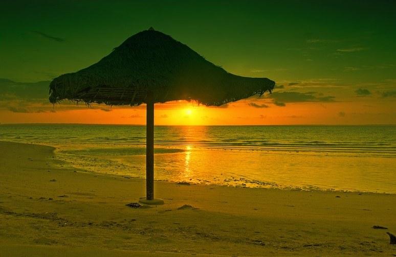 Wyspa Bantayan - czy ładniej niż w Warszawie? Oceńcie sami... /Getty Images/Flash Press Media