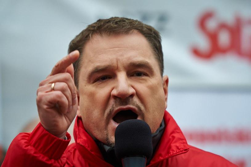 """Wystąpienie przewodniczącego NSZZ """"Solidarność"""" Piotra Dudy /Adam Warżawa /PAP"""