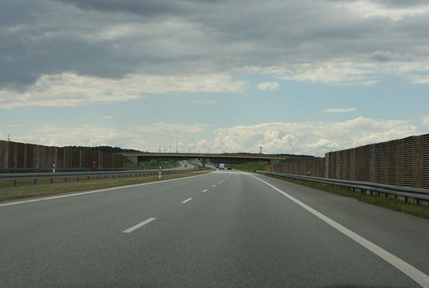 Wystarczy dać kierowcom takie drogi, a wypadków będzie mniej / Fot: Stanisław Kowalczuk /East News