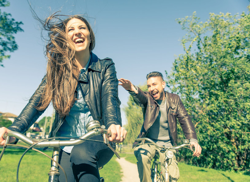 Wystarczy godzina jazdy na rowerze, by ogarnęła cię prawdziwa euforia! /©123RF/PICSEL