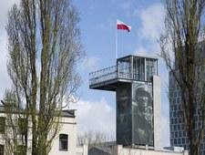Wystawa pamiątek od darczyńców w Muzeum Powstania Warszawskiego