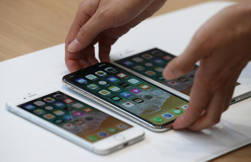 Wyświetlacz OLED to najdroższy komponent iPhone'a X /AFP