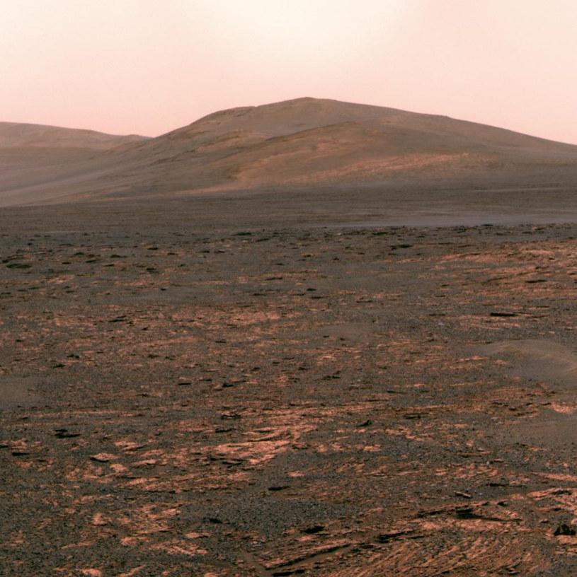 Wzgórze Solander Point - kolejny cel marsjańskiego łazika Opportunity /AFP
