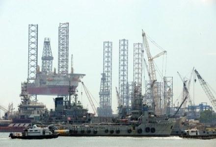 Wzrosło prawdopodobieństwo, że ropy nam nie zabraknie. Teraz pytanie: czy benzyna będzie tańsza? /AFP
