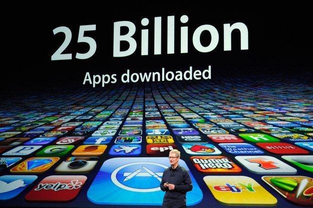 Z App Store pobrano już 25 miliardów aplikacji, a iOS jest ciągle wzbogacany /AFP