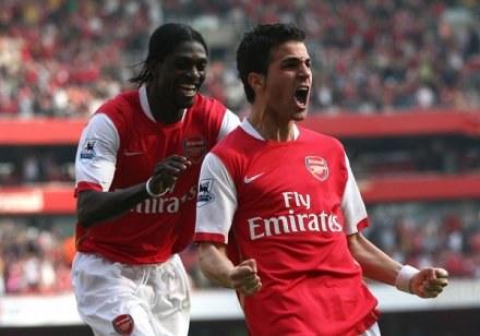 Z Arsenalu odeszli Adebayor i Toure, ale został Cesc Fabregas /AFP