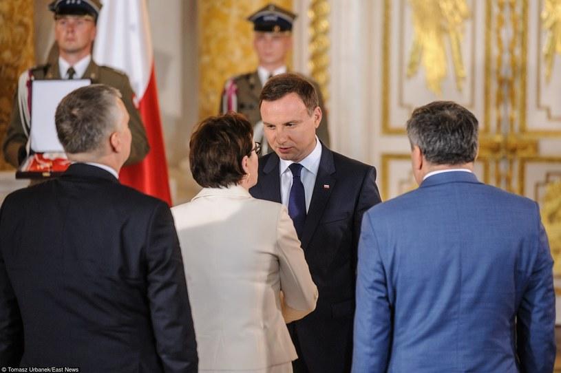 Z badania MB wynika, że Polacy nie wierzą we współprace na liniii Kopacz-Duda /Tomasz Urbanek /East News