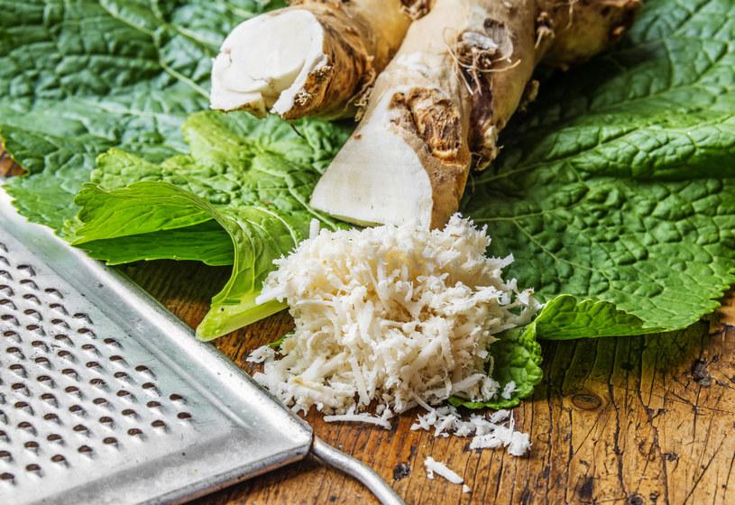 Z chrzanu możesz przygotować domowy tonik /123RF/PICSEL