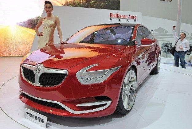 Z czym kojarzą się chińskie samochody? /AFP