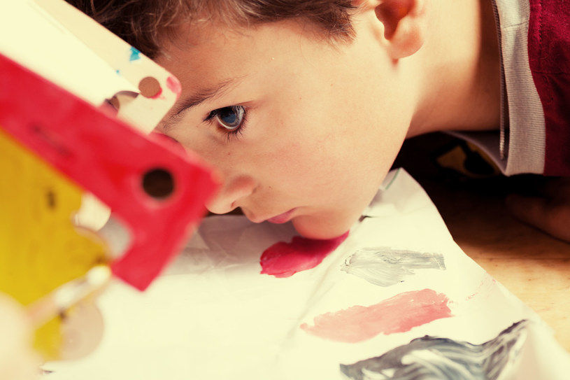 Z edukacji przedszkolnej korzysta w Polsce coraz więcej dzieci /123RF/PICSEL