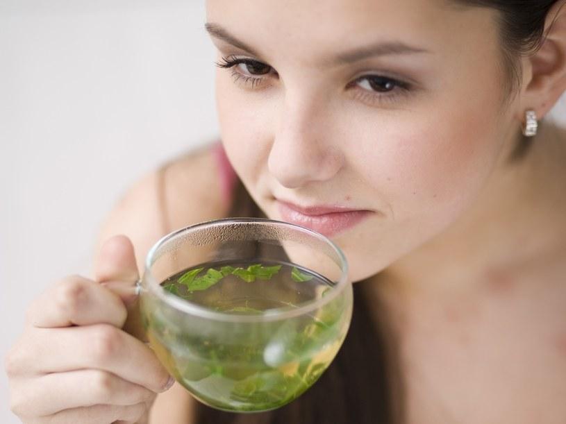 Z herbacianych fusów dowiesz się, co przyniesie ci jutro  /© Bauer