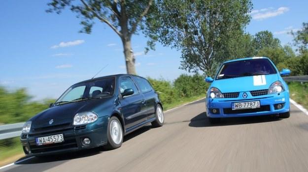 Z lewej: auto z lat 2000-2002, z prawej: 2002-2005. Nowsza wersja wyróżnia się między innymi obecnością reflektorów ksenonowych. /Motor