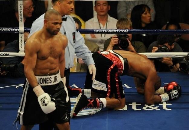 Z lewej Roy Jones Junior /AFP