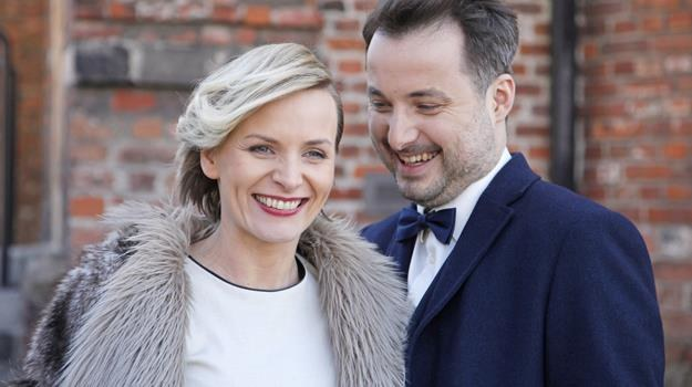 """Z mężem, Rafałem Kwietniewskim - również aktorem, na planie """"Pierwszej miłości"""" / fot. Telus /AKPA"""