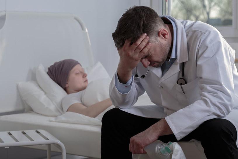 Z niektórymi nowotworami nie da się wygrać /©123RF/PICSEL