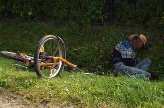 Z policyjnych statystyk jasno wynika jednak, że zdecydowana większość pijanych kierowców w chwili zatrzymania prowadziła właśnie rower /poboczem.pl