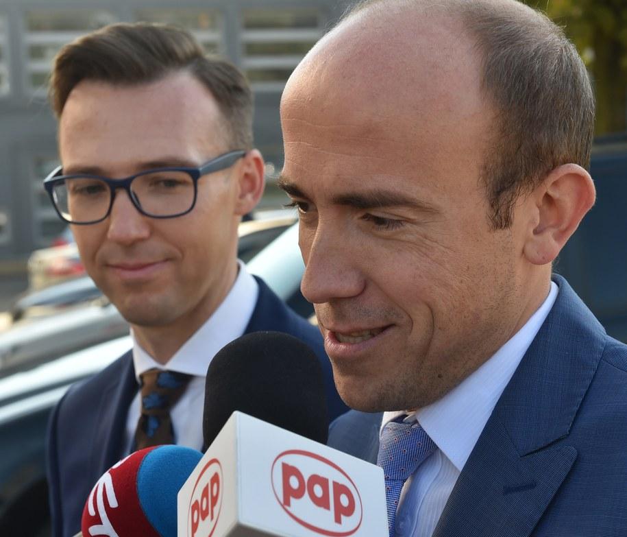 Z prawej: Minister sprawiedliwości Borys Budka /Jacek Bednarczyk /PAP