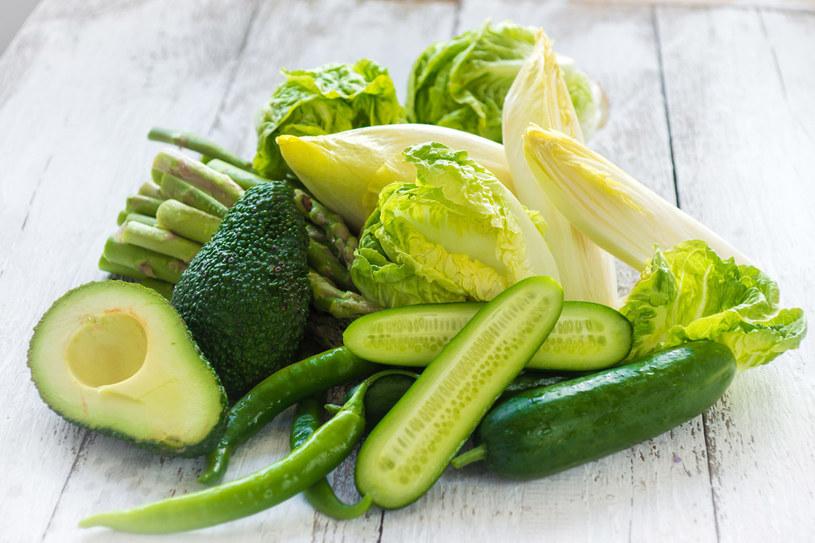 Z ustaleń naukowców wynika ponadto, że najlepiej działają warzywa liściaste: sałata i szpinak. /123RF/PICSEL