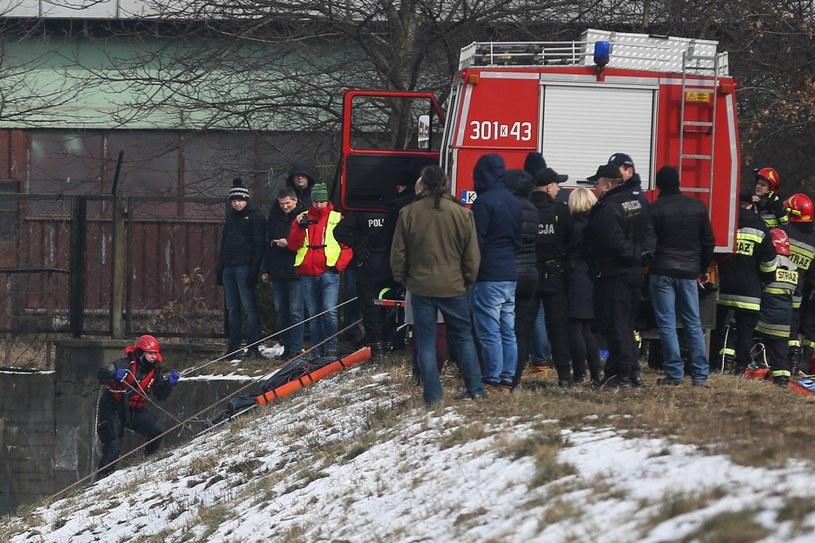 Z Wisły wyłowiono ciało mężczyzny /Beata Zawrzel /Reporter