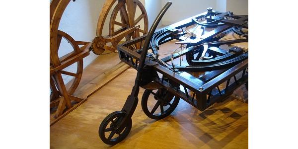 kolejne prototyp samochodu i roweru.