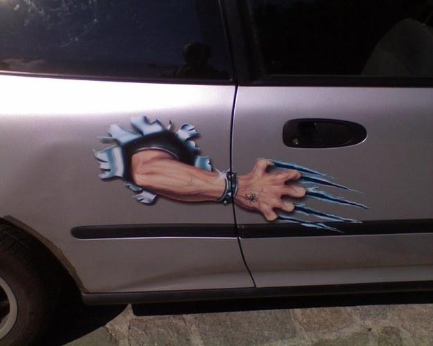 Za długie paznokcie?