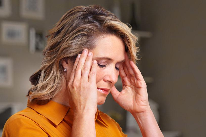 Za główną przyczynę wrzodów żołądka uznaje się dziś zakażenie bakteryjne, jednak stres też może wywołać to schorzenie /©123RF/PICSEL