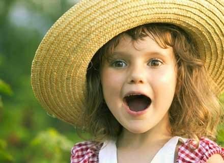 Za oknem coraz cieplej, a twój brzdąc zamiast radości odczuwa zmęczenie? /ThetaXstock