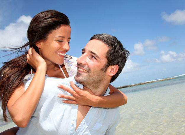 Za pierwszym razem się nie udało? Drugie małżeństwo może być udane! /©123RF/PICSEL