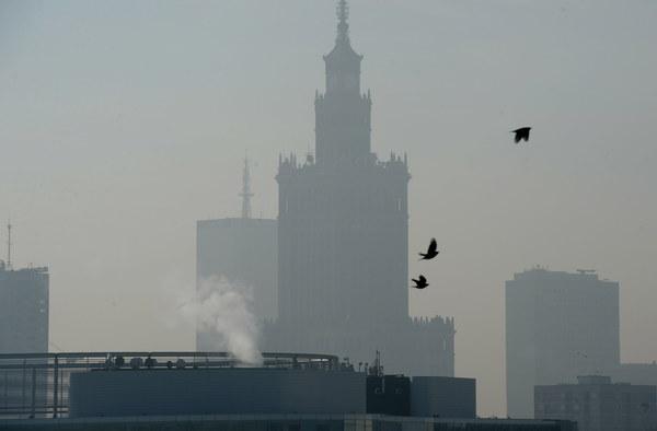 Za smog zapłacimy nie tylko zdrowiem. RMF: Bruksela może skazać Polskę za przekraczanie norm