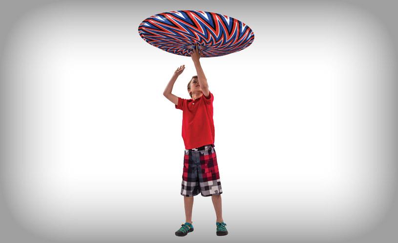 Zabawką można wykonywać różne triki /materiały prasowe