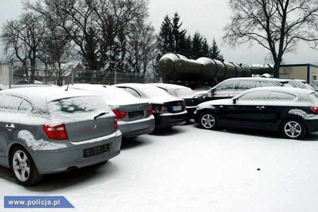 Zabezpieczone samochody. Znów BMW... /Policja
