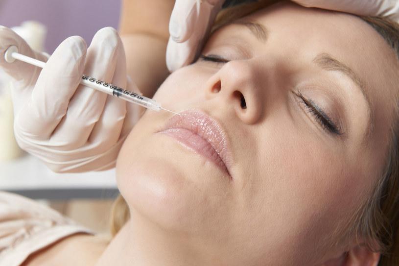 Zabieg kwasem hialuronowym przywraca ustom młodszy, zmysłowy wygląd /materiały prasowe