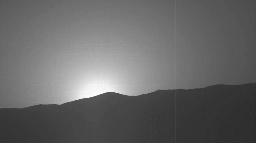 Zachód Słońca na Marsie okiem łazika Curiosity /NASA
