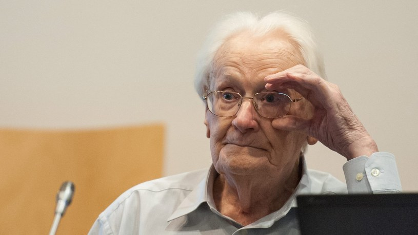 """Zadaniem """"buchaltera Auschwitz"""" było zabezpieczenie rzeczy odebranych ofiarom po przybyciu do obozu /PHILIPP SCHULZE  /PAP/EPA"""
