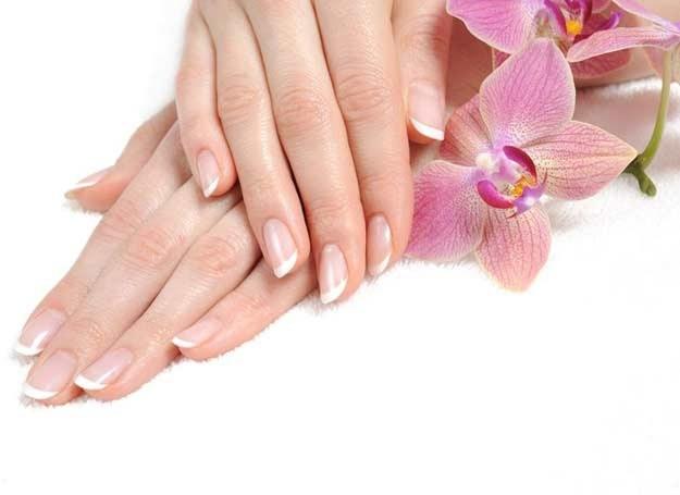 Zadbane dłonie pasują do każdej kreacji /©123RF/PICSEL