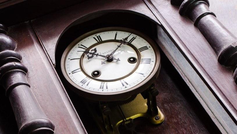 Zagadka zegara wahadłowego miała 350 lat /123RF/PICSEL