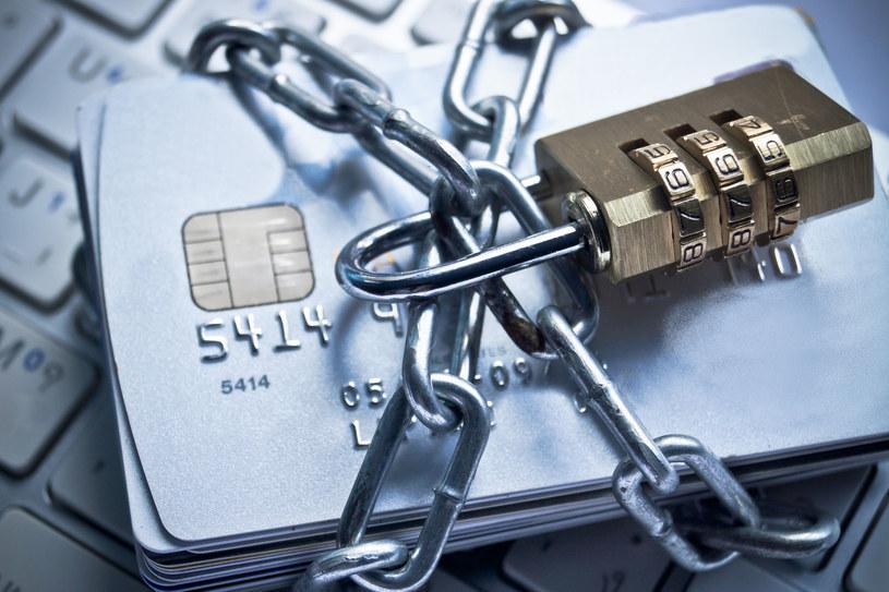 Zagrożenie ma dotyczyć klientów pięciu czołowych banków kraju /123RF/PICSEL