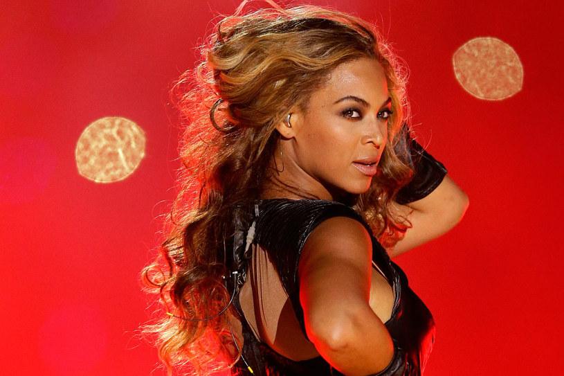 """Zajęła pierwsze miejsce na liście najbardziej wpływowych muzyków świata magazynu """"Forbes"""". """"Billboard"""" uznał ją za najważniejszą artystkę pierwszej dekady XXI wieku. /Getty Images/Flash Press Media"""