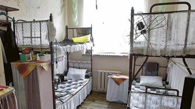 Zakład Karny w Krzywańcu prowadzi jako jeden z nielicznych w kraju dom matki i dziecka /Panorama Leszczyńska