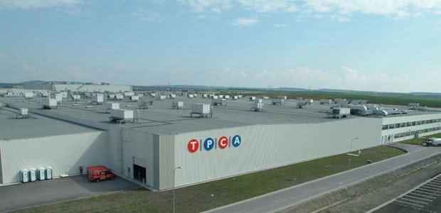 Zakład TPCA (Toyota Peugeot Citroen Automobile Czech) w Kolinie / kliknij /INTERIA.PL